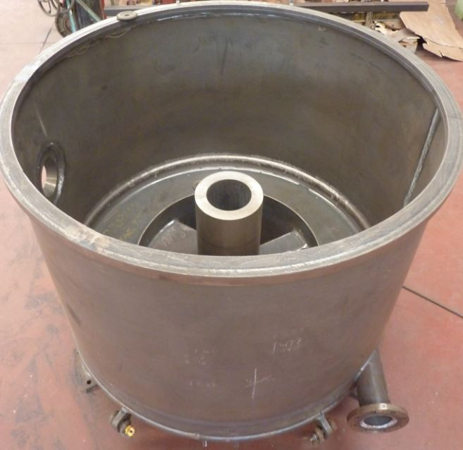 Centrifuge body in carbon