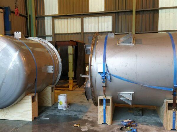 Fabrication de deux unités en acier inoxydable AISI-316