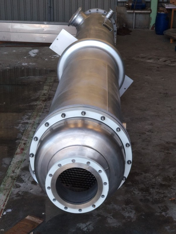 Bimetallic tubular plate heat exchanger