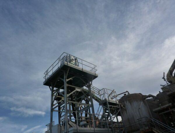 Construcción y montaje de estructura y equipos industriales