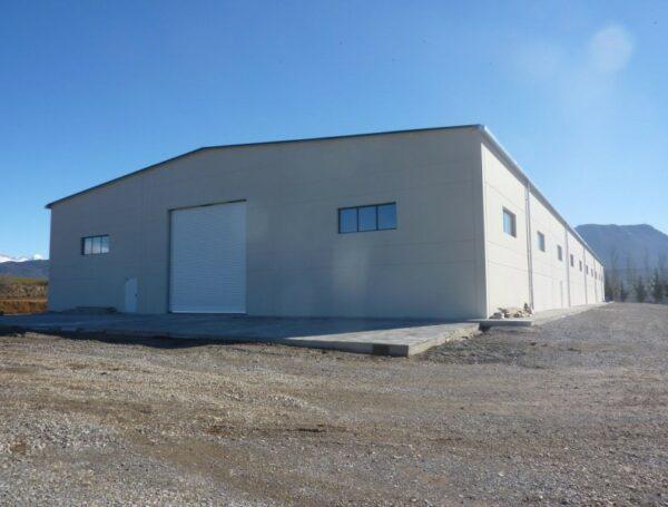 Hall de 3.000 m2 pour le stationnement ds véhicules