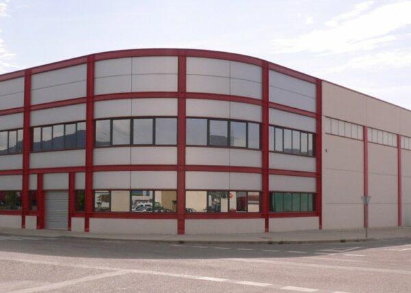 Entrepôt Hierros del Pirineo