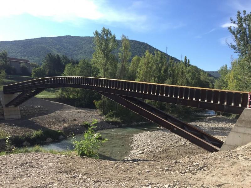 Passerelle au-dessus de la rivière Gallego I