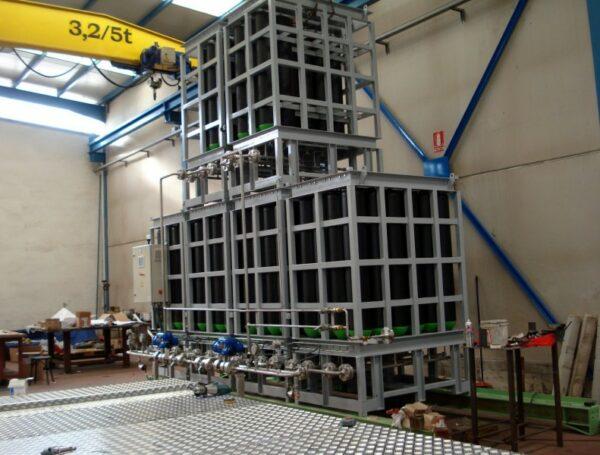 Safety of compressed nitrogen at 200 kg/cm2