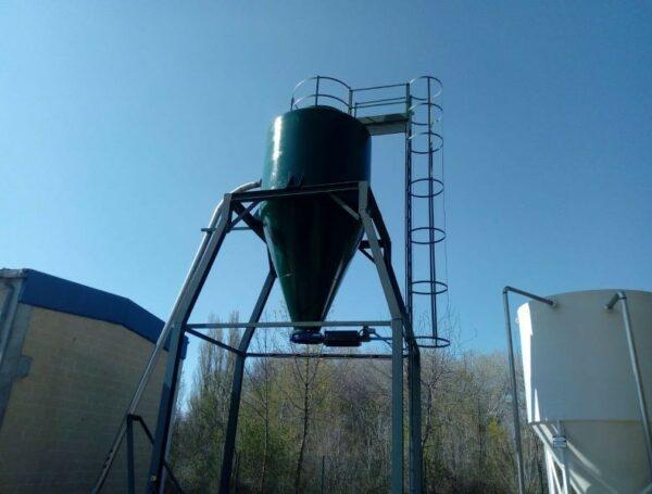 Fabricación e instalación de silos de fango