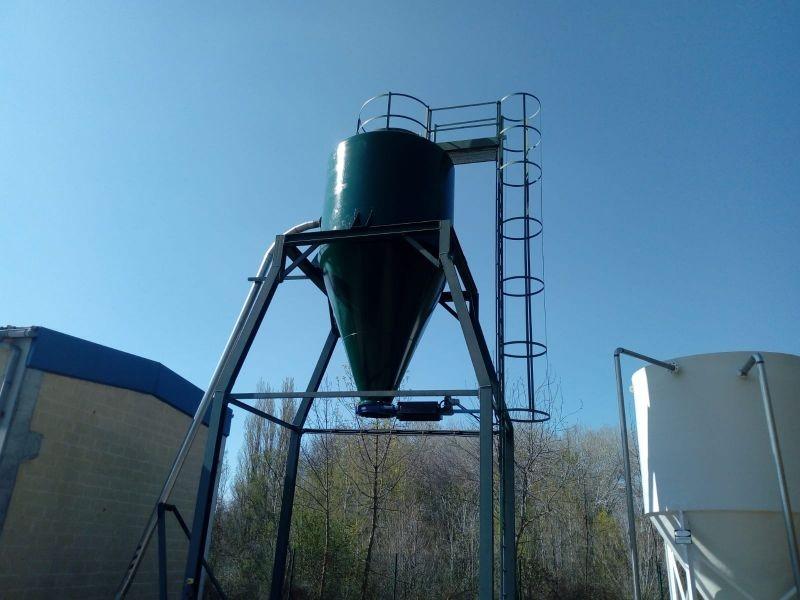 Manufacture and installation of sludge silos