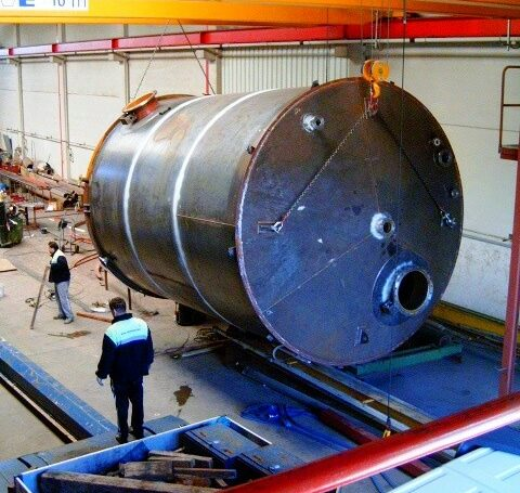 Carbon steel storage tank